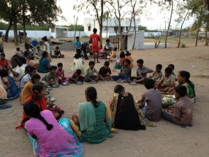 Anbarasi_Housemothers Eating in Family Groups 1